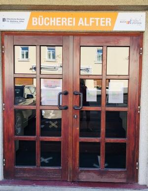Kronensaal Eingang klein